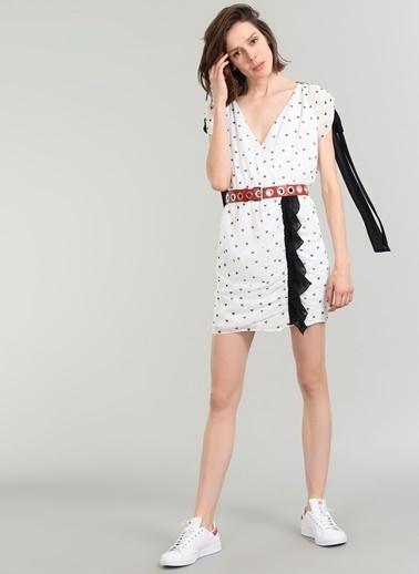 People By Fabrika Kalp Desenli Elbise Beyaz